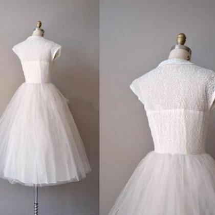 Vintage Knee-length Short Tulle Wed..