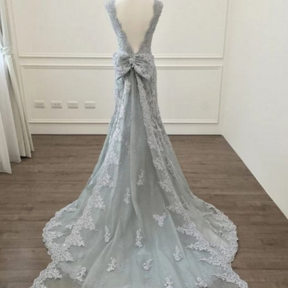 elegant silver lace mermaid prom dr..