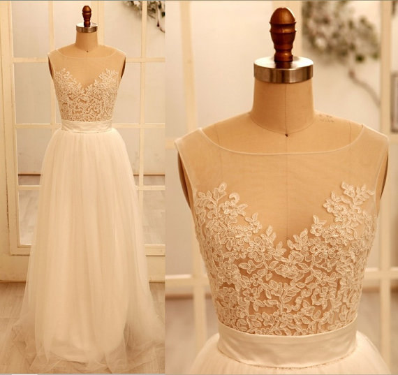 Custom Sexy Lace Backless Wedding Dress ,Wedding Gown ,With Beautiful White/Ivory Wedding Dress, A Line Round Necklace Wedding Gowns ,2015 Bridal Gowns For Weddings ,The Elegant Evening Dress, Prom Dresses