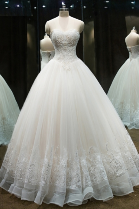 Sweetheart Beaded Appliques Ball gown Wedding Dresses