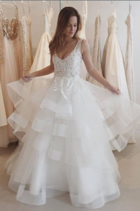 V-Neck Straps Backless Tiered Wedding Dresses