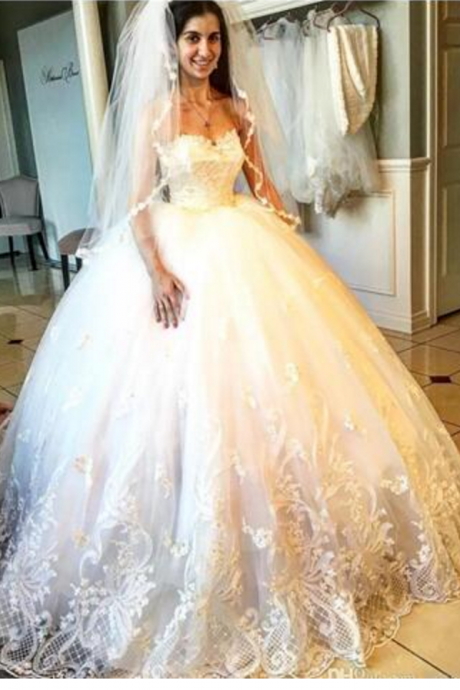Cheap wedding dresses ,Attractive Appliques Beads Wedding Dresses Sweetheart Neckline Lace Edge Bridal Gowns Floor Length Wedding Gown