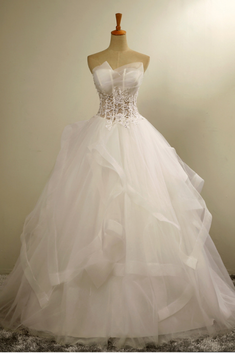 Bridal Dresses Ruffle tulle Strapless Wedding Dresses Court Train Bridal Gowns