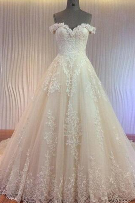 Wedding Dresses with Luxury Corded Lace Appliques