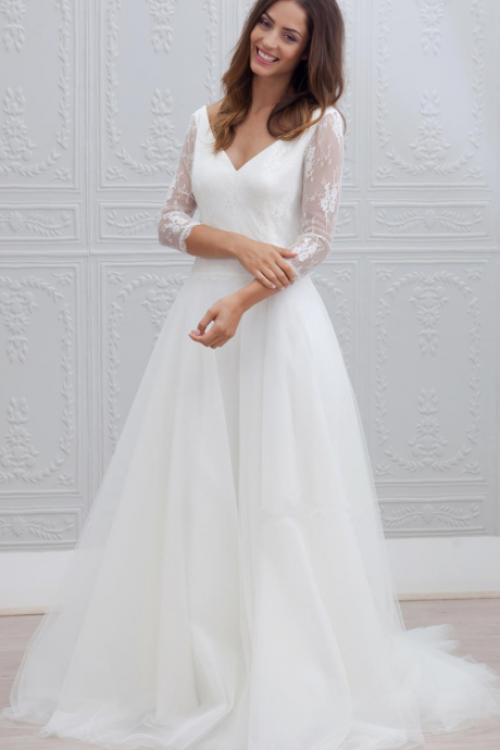 Simple V Neck Lace Wedding Dress,Long Sleeve Tulle Bridal Dress,Sweep-train Backless Wedding Dress