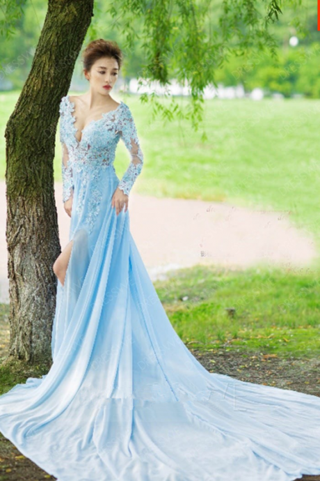 Elegant Beading Applique V-neck Long Sleeves A-line Floor Length Court Train Evening Dress