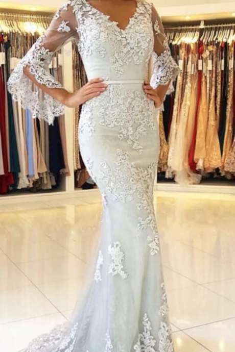 New Fashion V Neck Sexy Mermaid Prom Dresses Lace Applique Long Bell Sleeves Floor Length Open Back Dresses Evening Wear Party Gowns