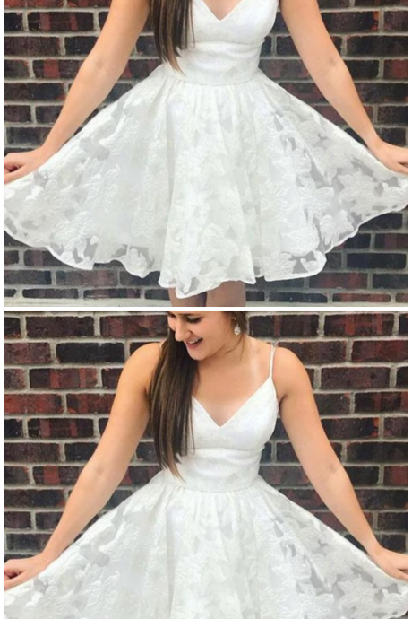 A Line Spaghetti Straps White Tulle Short Homecoming Dresses