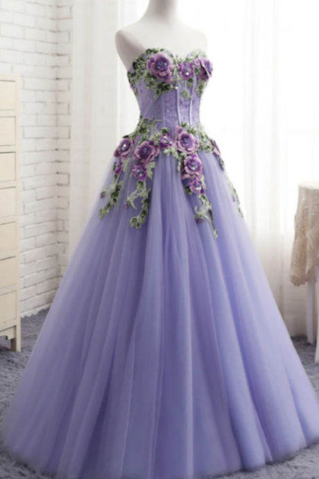 A-Line Tulle Embroidery Appliques Sweetheart Neck Prom Dress