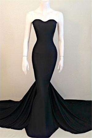 Black Sweetheart Evening Dress Sleeveless Sweep Train Prom Dresses Party Gowns