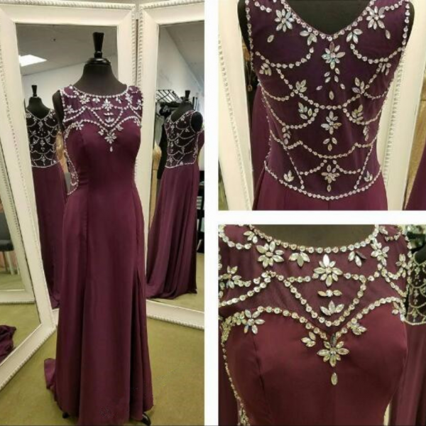 Burgundy Chiffon Prom Dress,Round Neck Long Prom Dress,Evening Dress,Sleeveless Prom Dress with Beading,Floor Length Prom Party Gowns