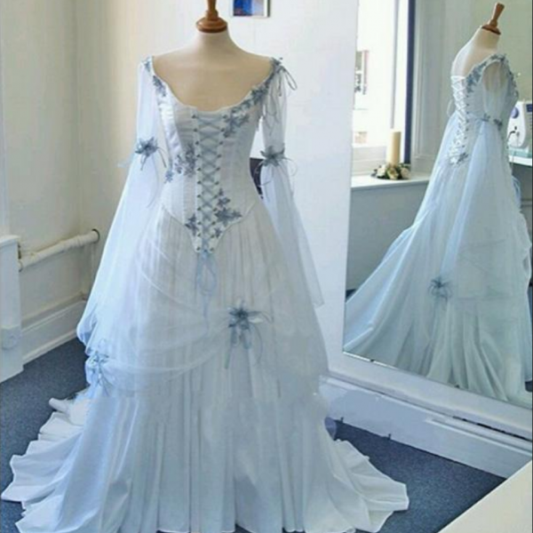 Vintage Celtic Wedding Dresses White and Pale Blue Colorful Medieval Bridal Gowns Scoop Corset Long Sleeves Appliques Custom Made