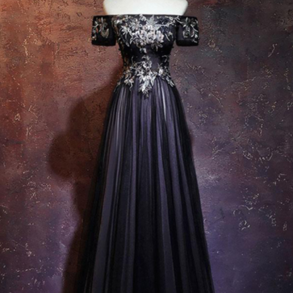 Spring black tulle off shoulder long lace up evening dress